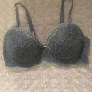 Jessica Simpson blue lace bra. Sz 38C